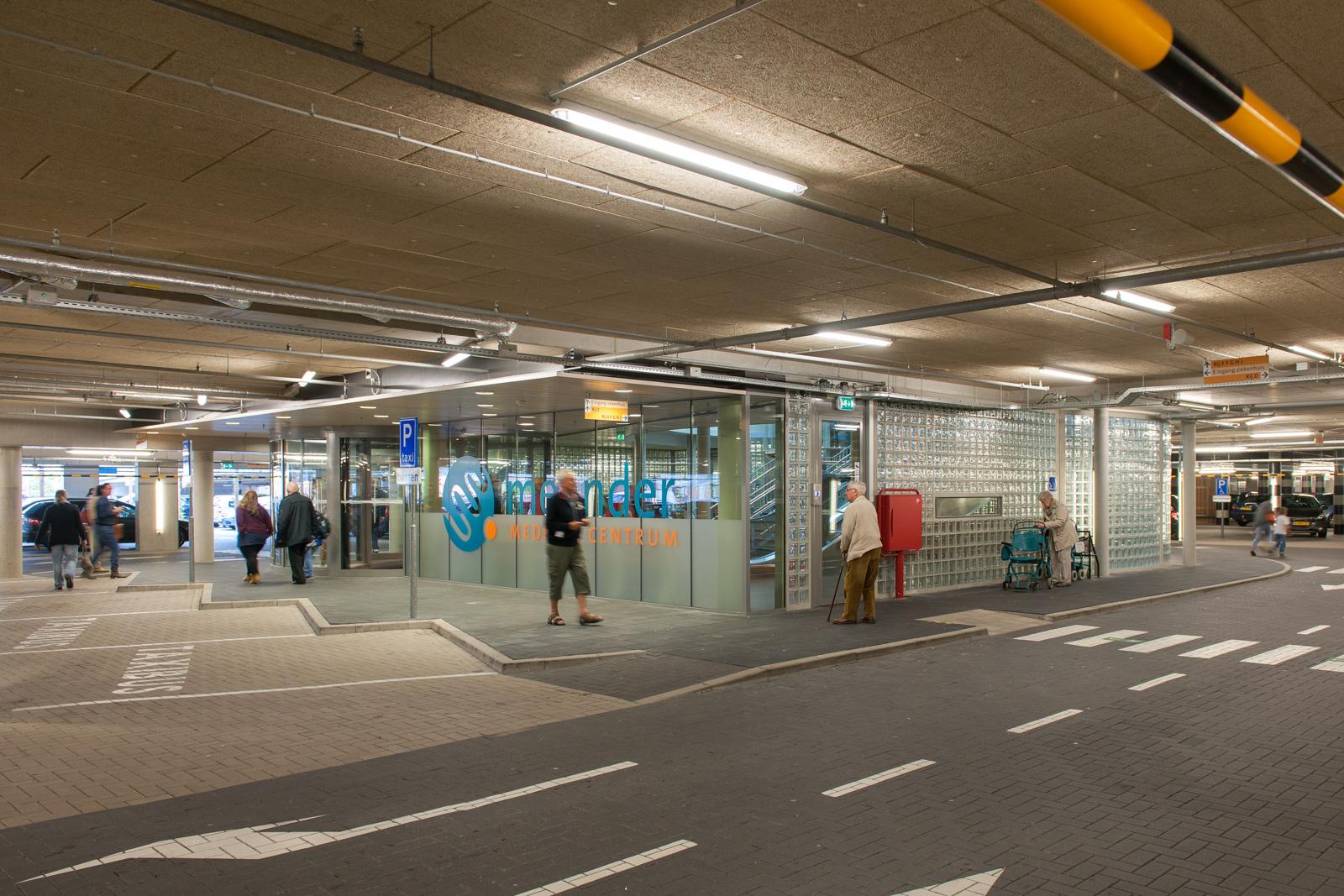 Amersfoort entree in parkeergarage meander ziekenhuis for Auto interieur reinigen amsterdam