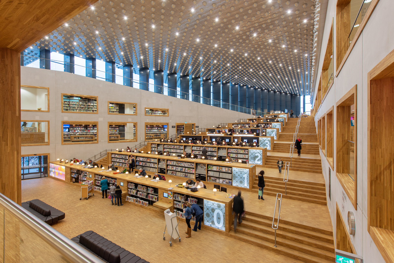 Amersfoort eemhuis bibliotheek architect neutelings for Interieur amersfoort